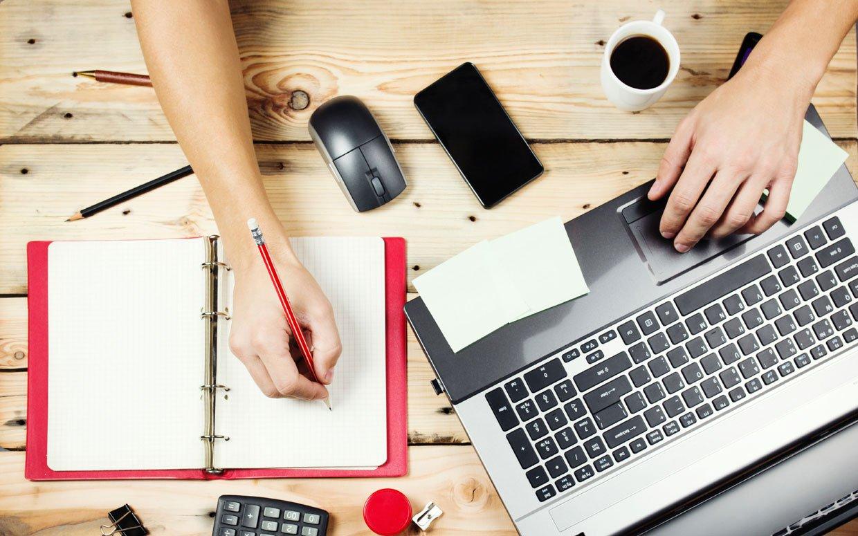memilih freelancers