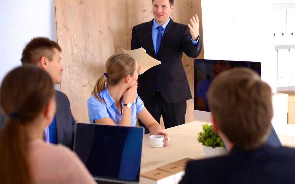 5 Perbedaan Pemimpin dan Manajer Perusahaan yang Perlu Anda Ketahui