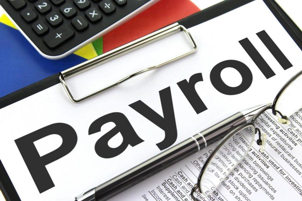 Slip Gaji Karyawan, Wajibkah Untuk Selalu Diberikan Oleh Perusahaan?