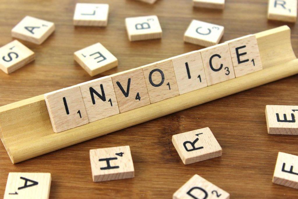 Membayar invoice tepat waktu