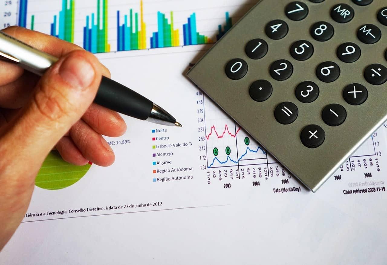 Laporan Keuangan Perusahaan Dagang, Jasa, dan Manufaktur? Inilah Bedanya