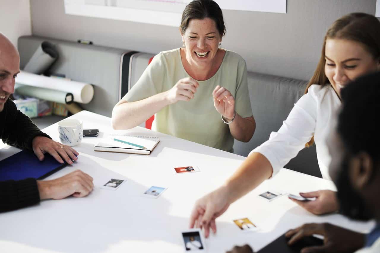 Meningkatkan Engagement Karyawan Lintas Generasi di Perusahaan