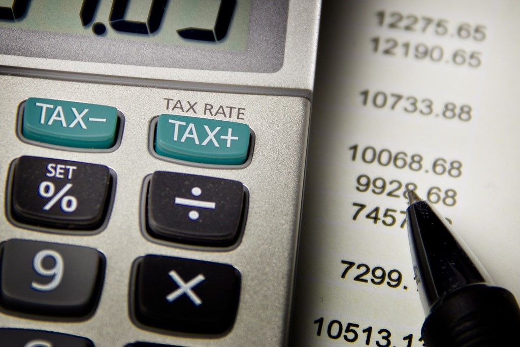 Pajak, estimasi pajak, lapor pajak, pajak bisnis