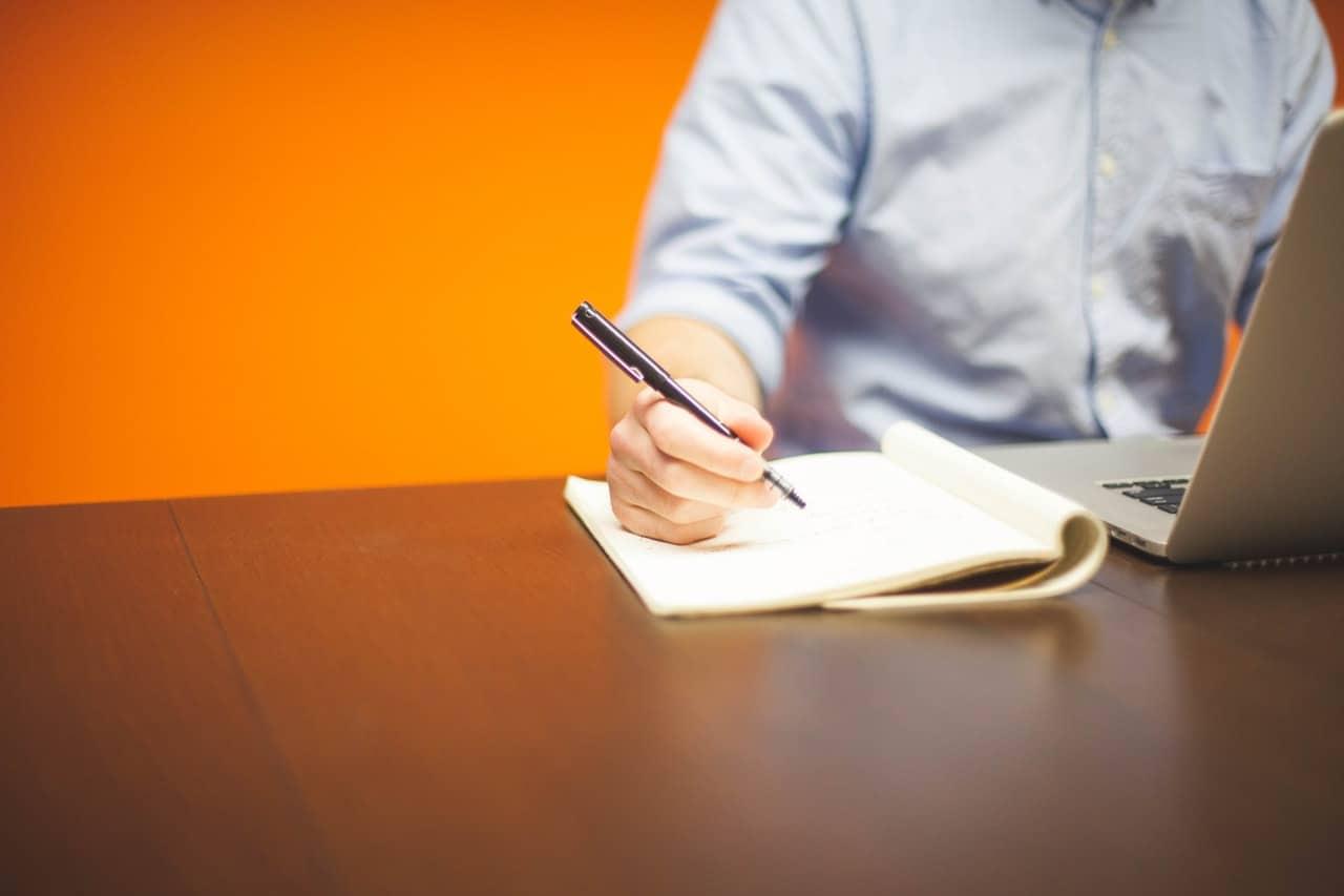 Karyawan lepas, freelance, freelancer, pekerja harian lepas, upah, perjanjian kerja, uu ketenagakerjaan, ketenagakerjaan,