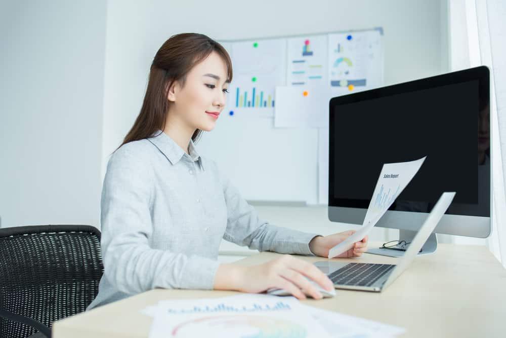 Hitung Gaji Karyawan Secara Lebih Praktis Menggunakan Sistem Payroll