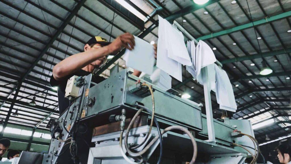 Panduan Mudah Menjadikan Sistem, Faktor, dan Proses Produksi yang Efektif