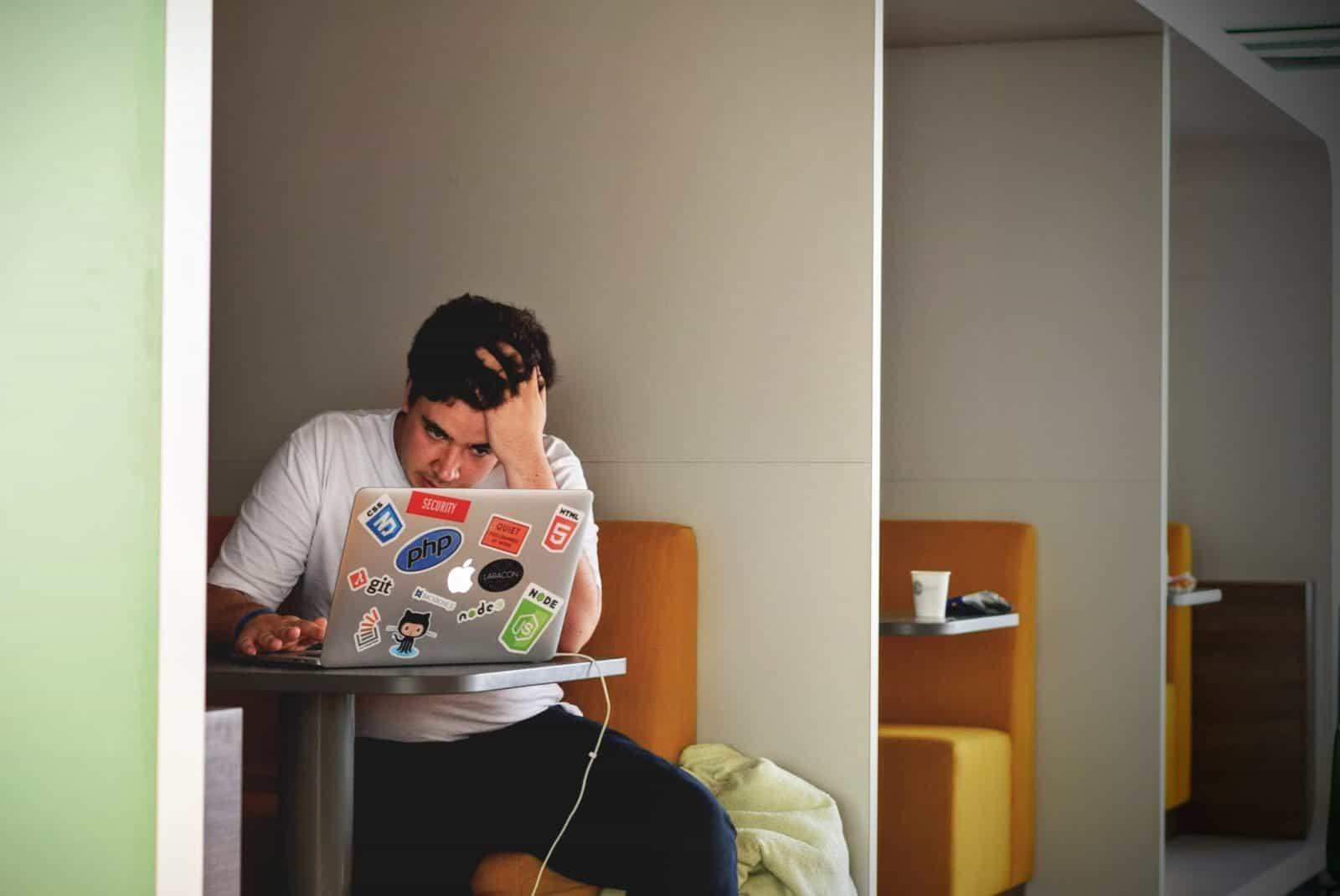Cara Tepat Menghindarkan Karyawan dari Stres