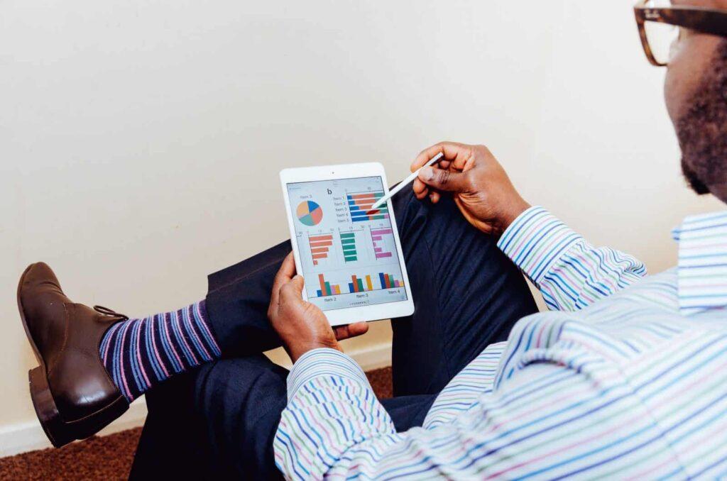 Apa Itu Jasa Akuntan dan Konsultan Perpajakan? Apakah Membantu Bisnis Anda?