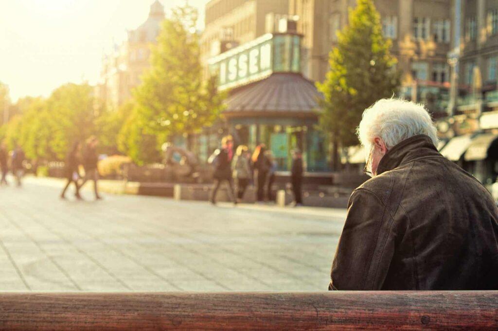 4 Manfaat Utama Mengikuti Program Dana Pensiun DPLK dan Cara Mendaftarnya