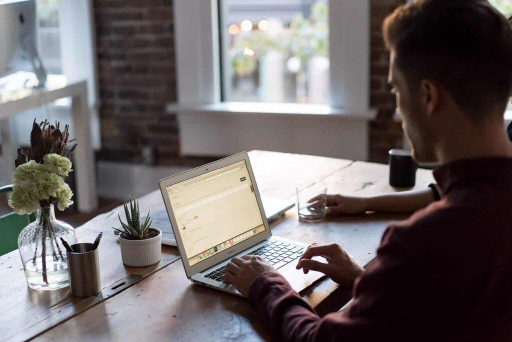 Tak Harus Uang, Ini 5 Bentuk Kreatif Apresiasi Karyawan Berprestasi