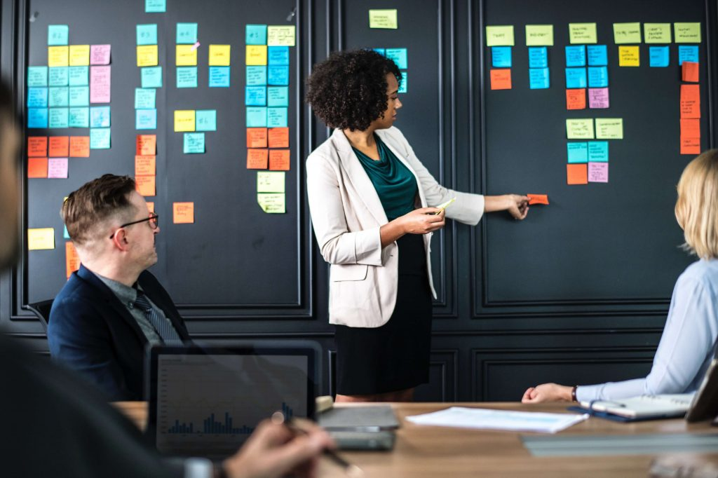 4 Strategi HRD yang Dapat Memajukan Perusahaan Anda