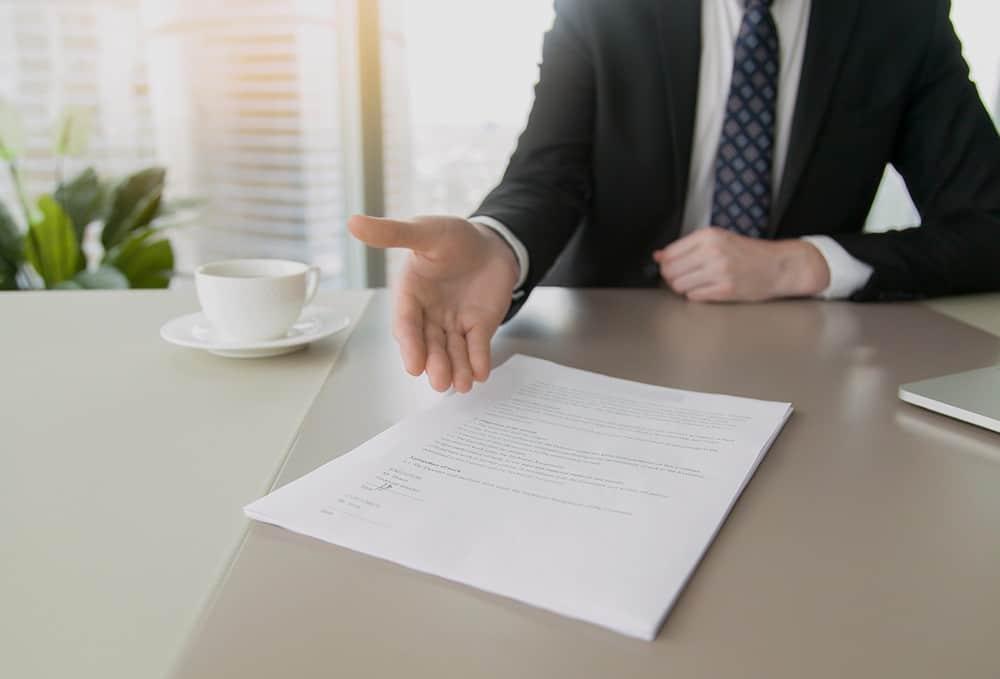 Jika Salah Satu Hal Berikut Terjadi, Saatnya Anda Memberikan Surat Peringatan Karyawan
