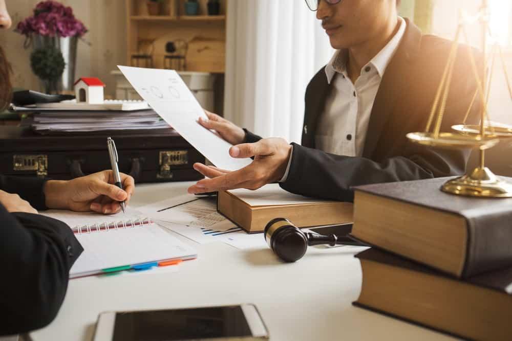 SOP Perusahaan: Definisi, Jenis, Manfaat, dan Prosedur Pembuatan SOP