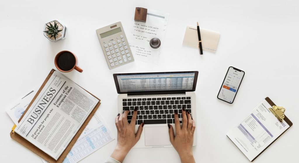 Strategi Profesi Akuntan Menghadapi Revolusi Akuntansi di Era Digital