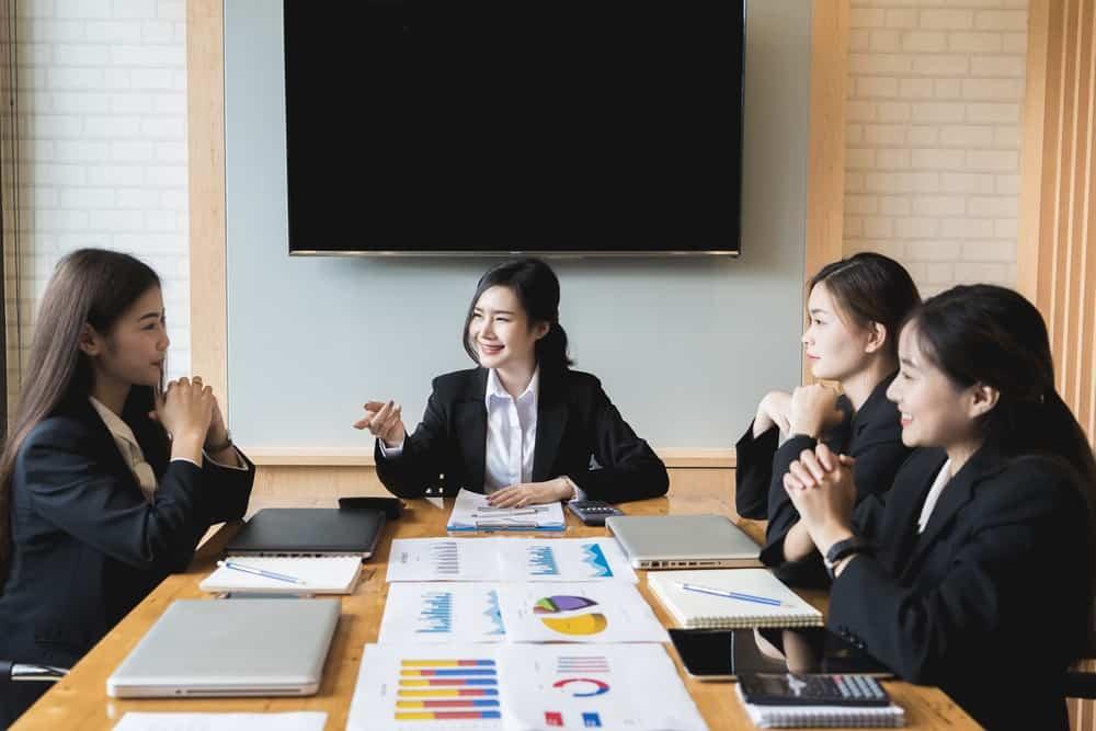 Jenis & Fungsi Struktur Organisasi yang Harus Diketahui Perusahaan