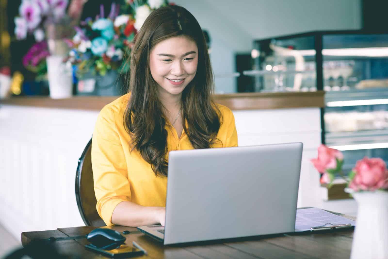 Kenali 3 Fitur Andalan HR Software Indonesia yang Dibutuhkan Bisnis UKM