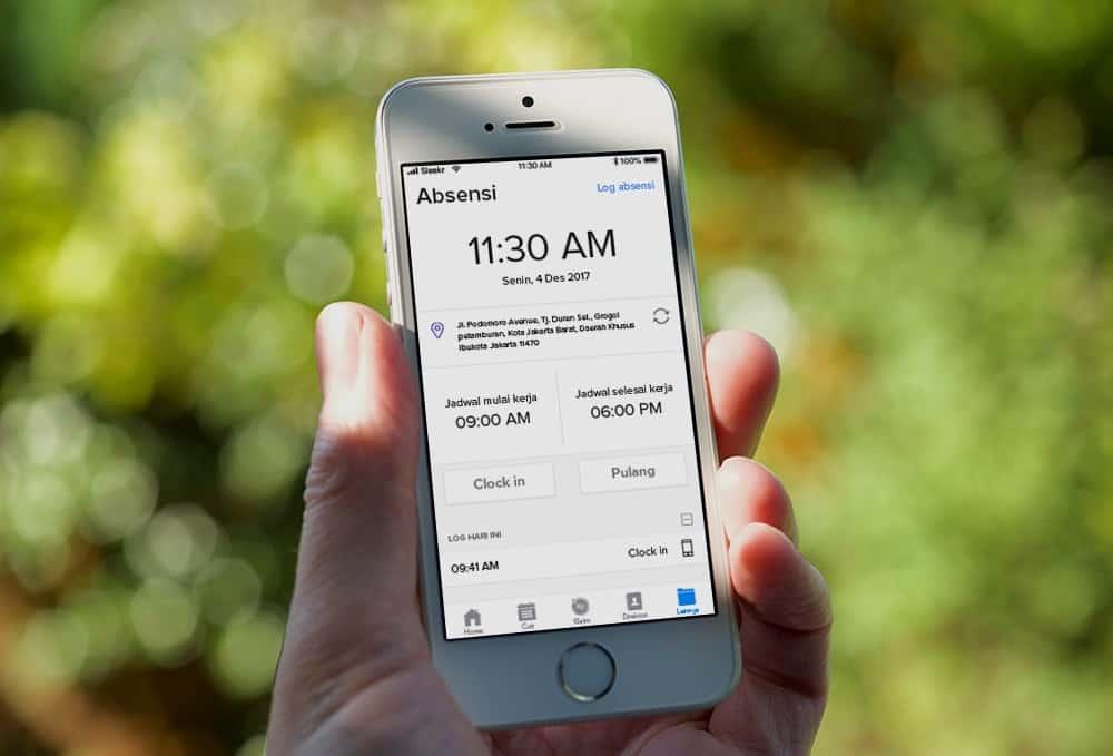 Tepat dan Akurat, Berikut 4 Manfaat Aplikasi Absensi Online Bagi Perusahaan