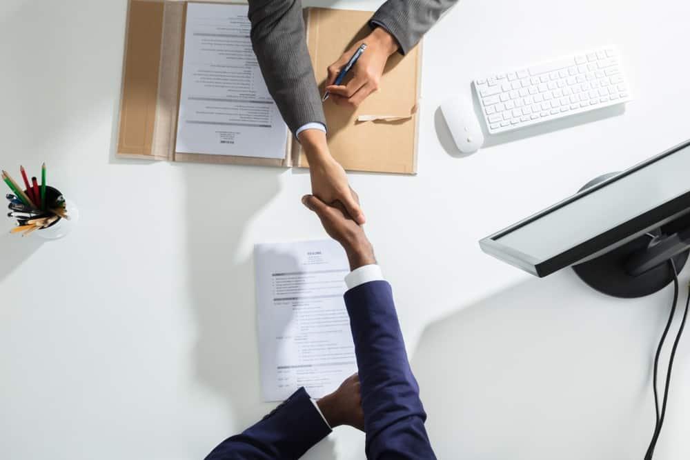 Ingin Membuat Perjanjian Kerja? Ketahui Unsur yang Harus Ada Didalamnya