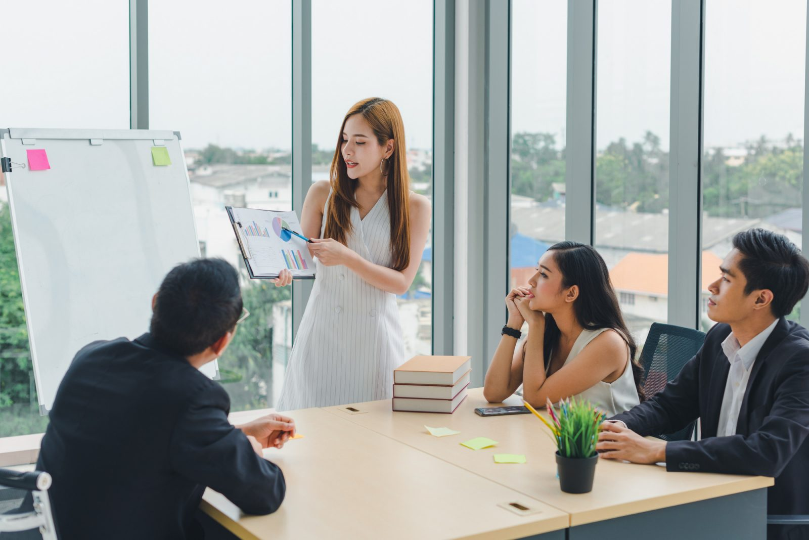 Tugas HR yang Menjadi Lebih Mudah dengan Kehadiran HR Software Indonesia