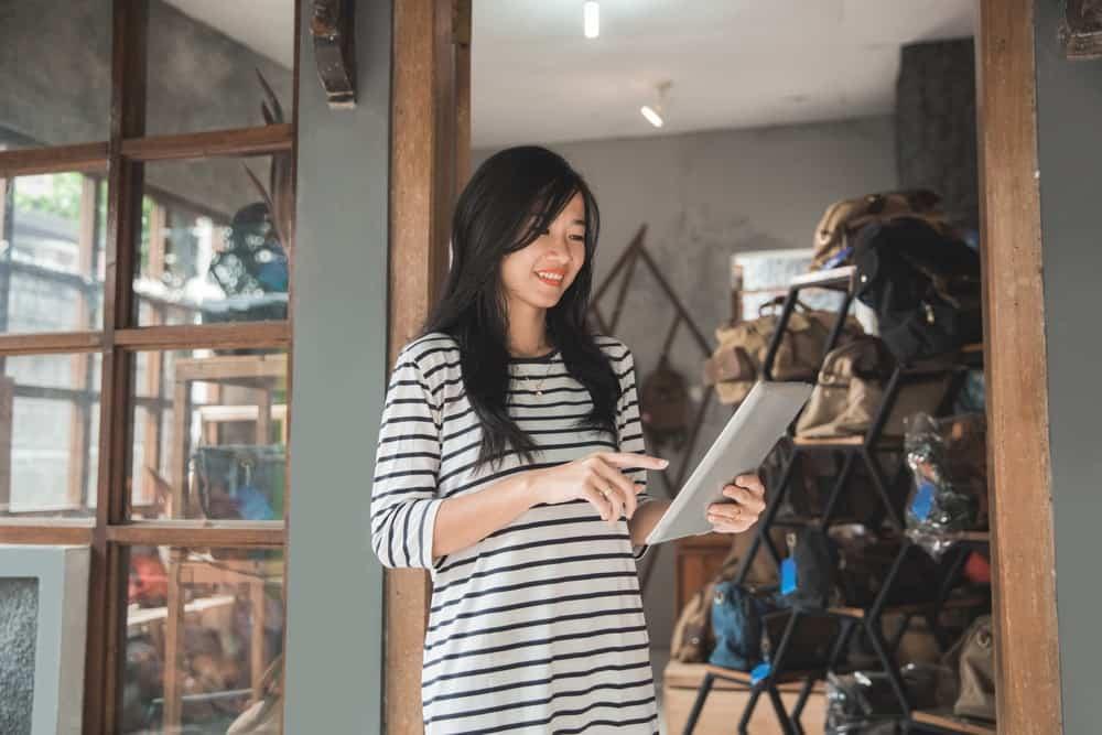 Cermati 4 Kriteria Software Payroll yang Sesuai untuk UKM Anda