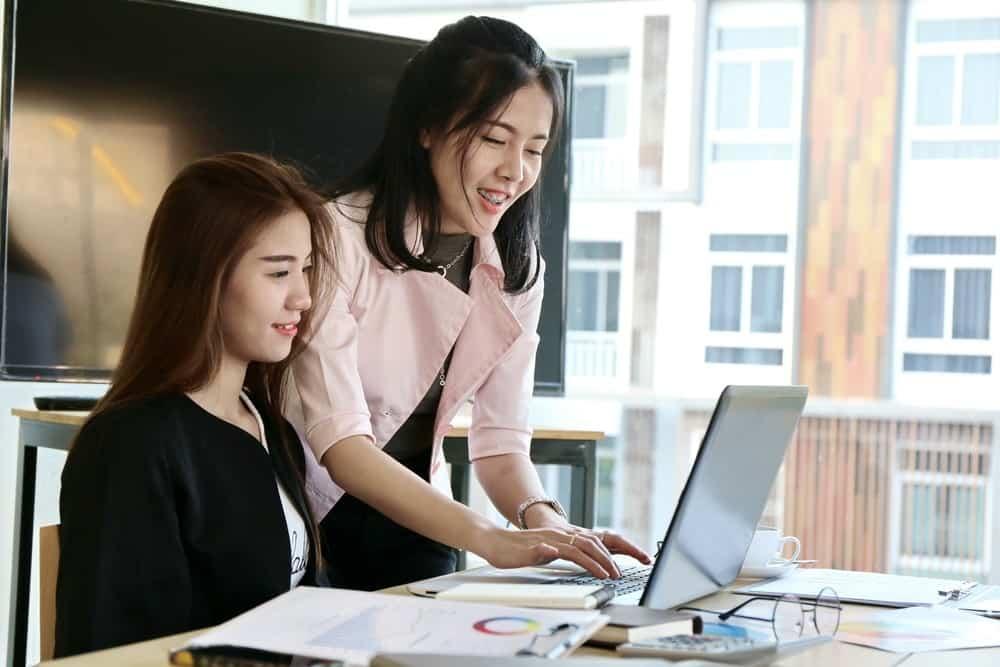 5 Fitur Aplikasi HR yang Bisa Jadi Pertimbangan Utama Sebelum Memilihnya