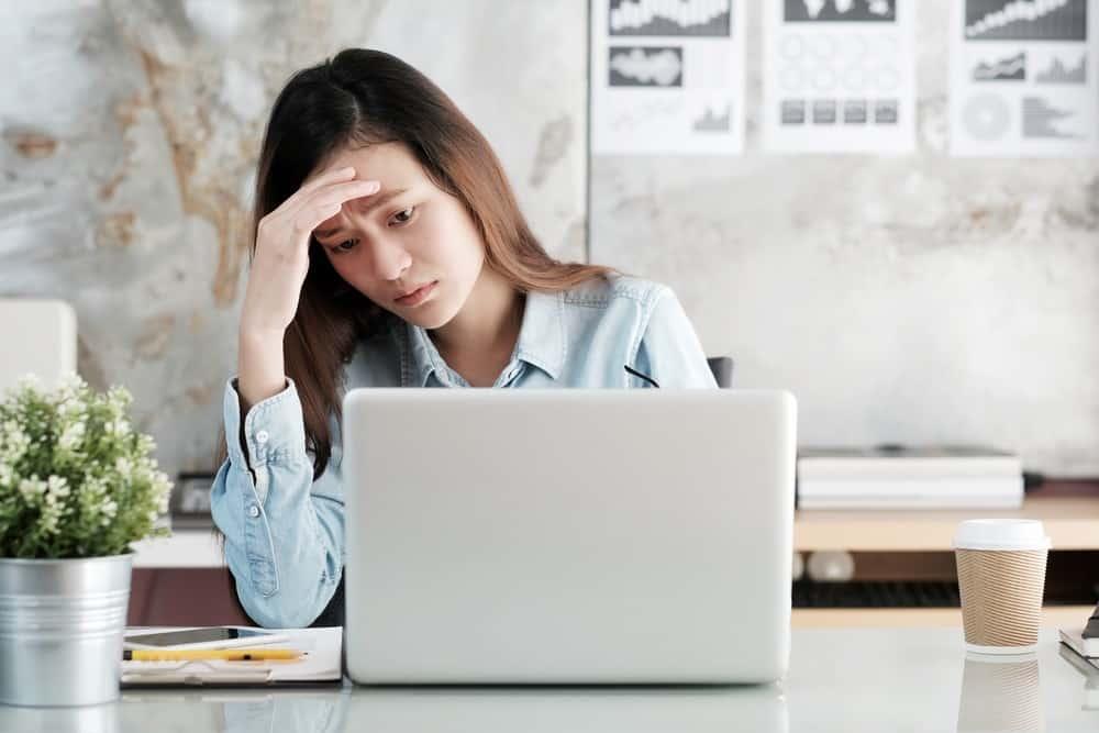 Dampak Salah Hitung Kehadiran Karyawan yang Bisa Diminimalisasi dengan Aplikasi Absensi