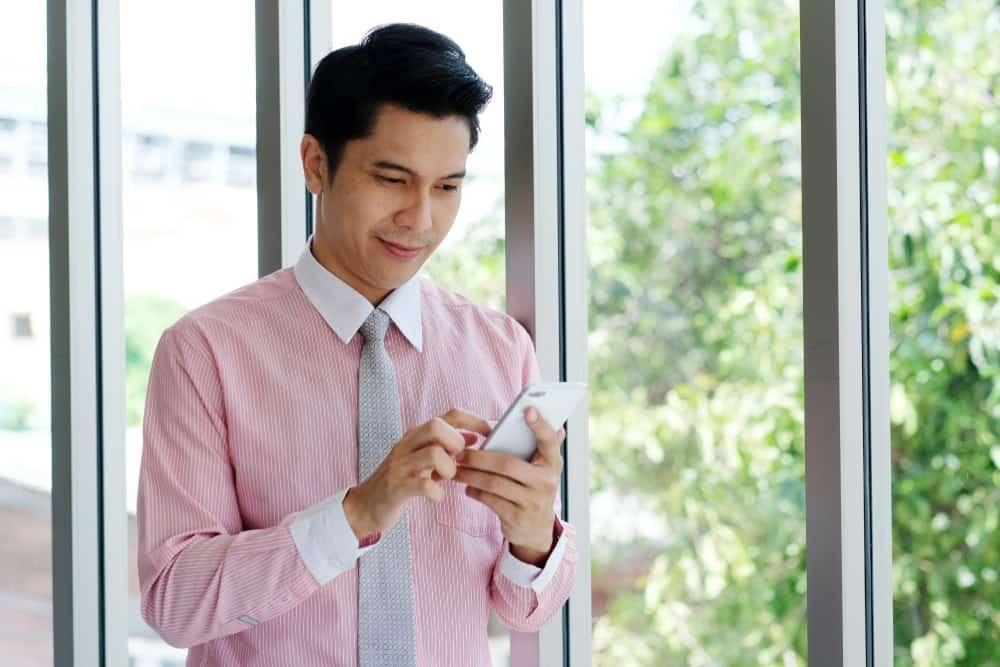 Penggunaan Aplikasi Cuti Online untuk Mengelola Jadwal Cuti Karyawan