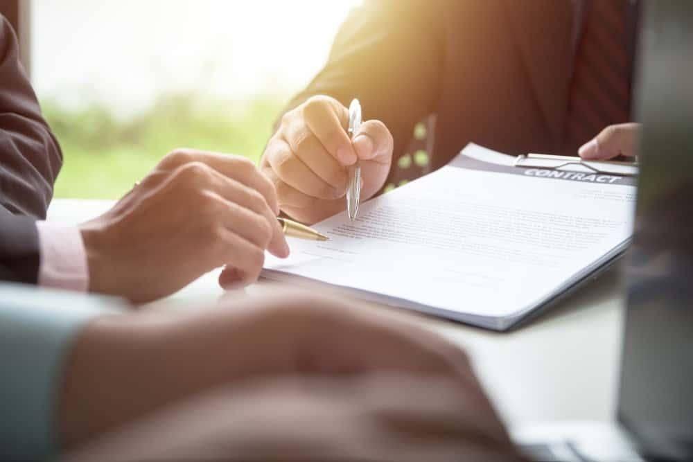 Mengenal Surat Perjanjian Kerja untuk Berbagai Status Karyawan Perusahaan