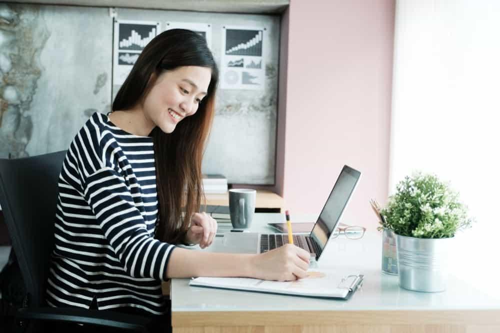 Gunakan HR Software Indonesia untuk Mendapatkan Keuntungan Berikut Ini
