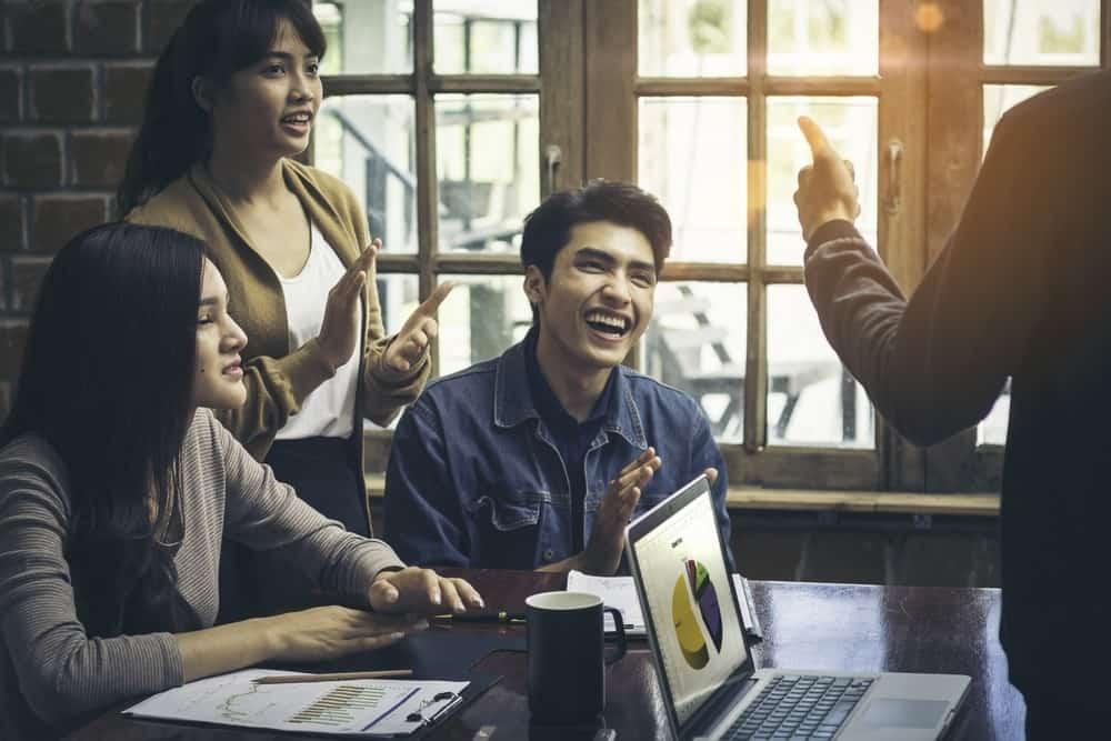 Langkah Strategis Menyikapi Kenaikan UMK Jakarta 2019