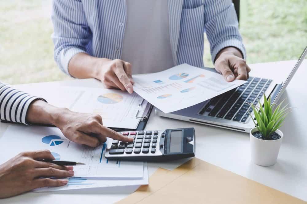 Menghitung PPh 21 Atas Gaji Berserta Tunjangan Bagi Pegawai Tetap