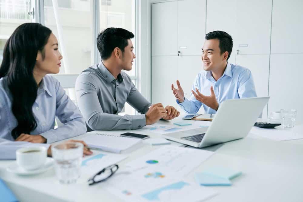 Kehadiran Software HRD pada Sistem Perusahaan dalam Menyambut Revolusi Industri 4.0