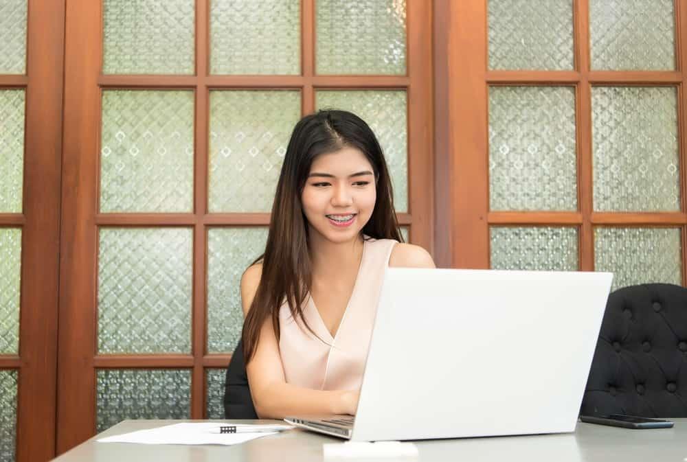 Kemudahan Laporan SPT Tahunan Karyawan Secara Online