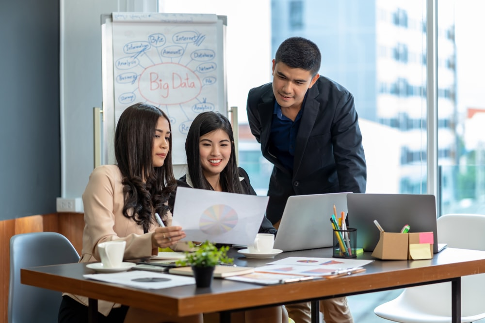 Pentingnya Penggunaan Database Karyawan Oleh HRD untuk Perkembangan Perusahaan