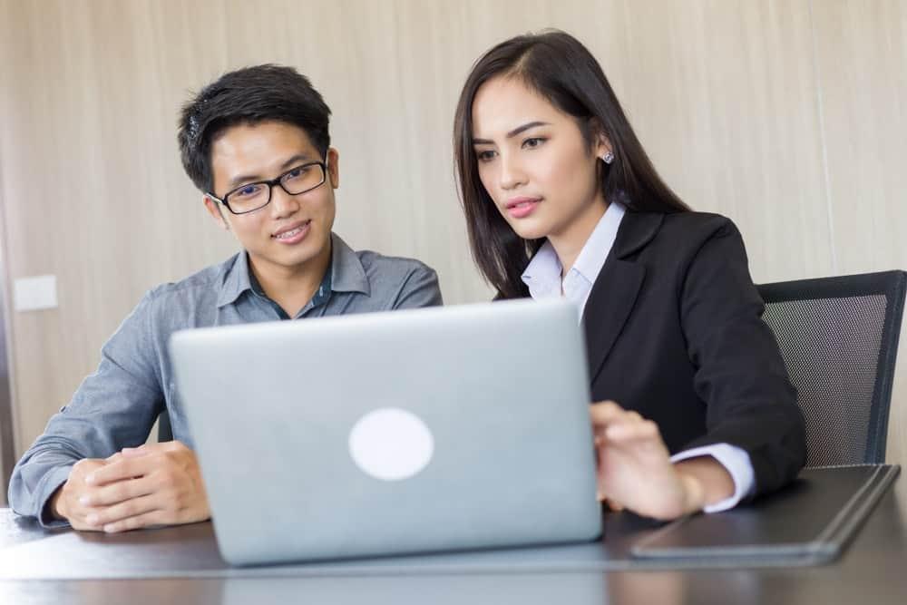 Transformasi Perusahaan Setelah Menggunakan HR Software Indonesia