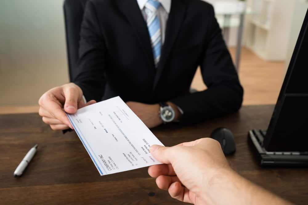 6 Kekeliruan yang Mungkin Terjadi Tanpa Aplikasi Slip Gaji & Payroll