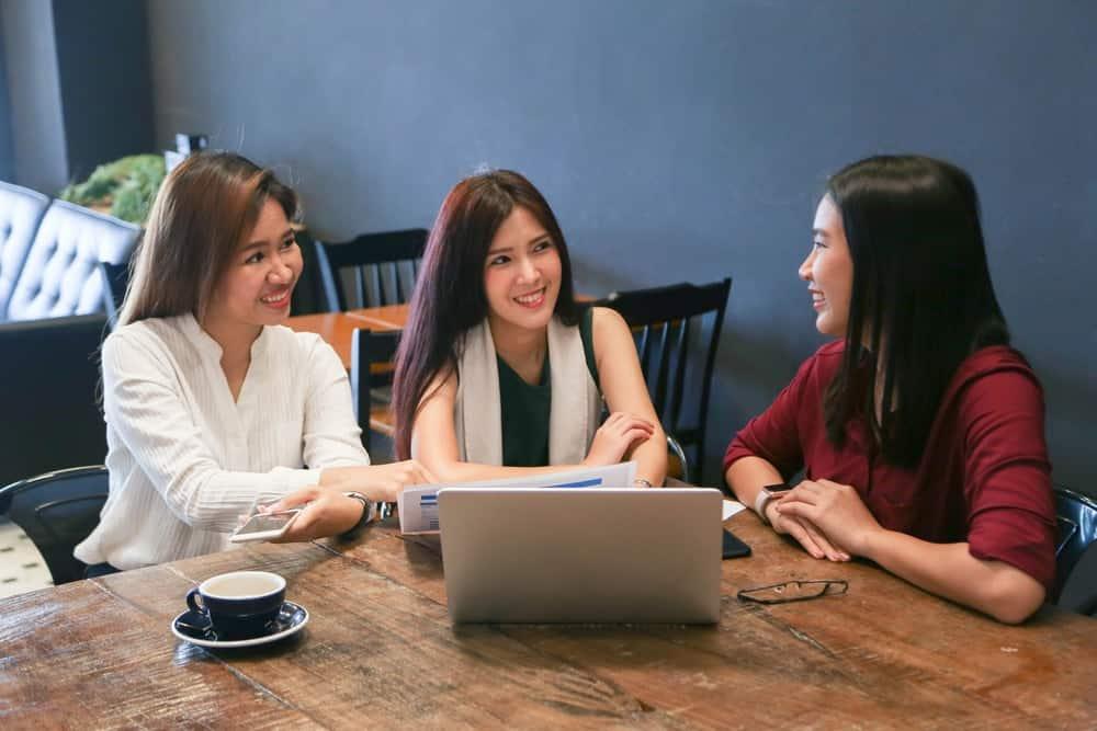 Simak Daftar Aplikasi HR Berikut, dan Tentukan Pil …