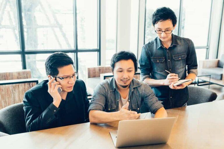 Transformasi Perusahaan Setelah Menggunakan HR Software ...
