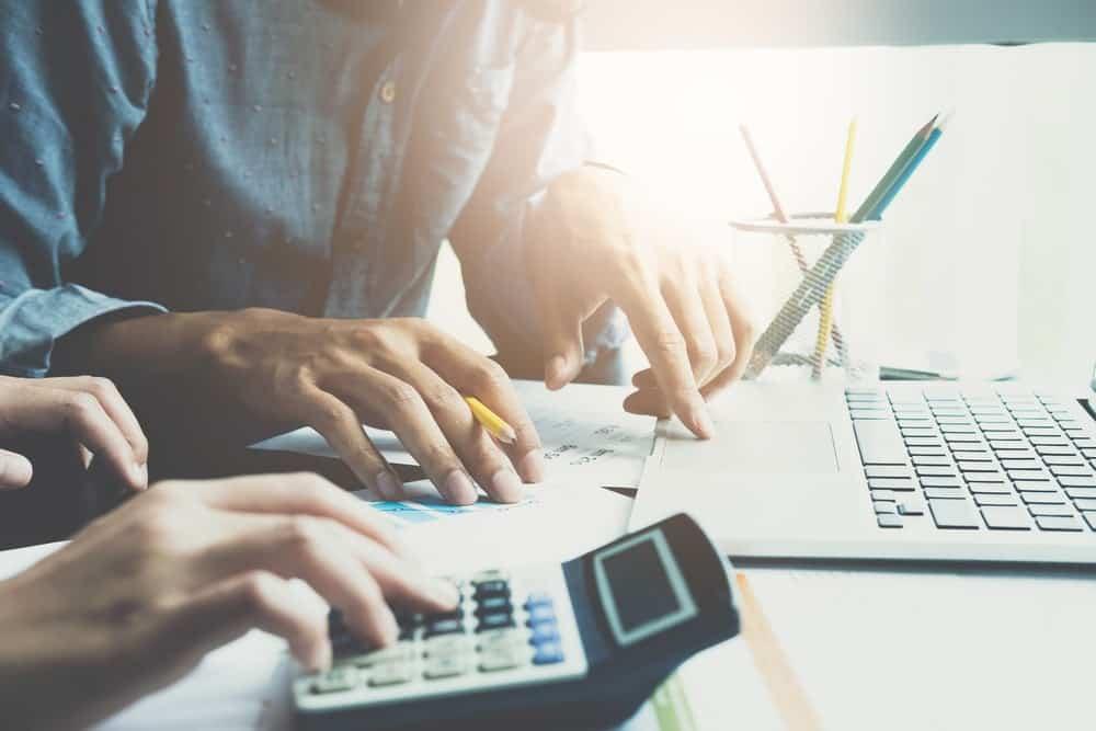 Peraturan & Panduan Menghitung Pesangon Karyawan