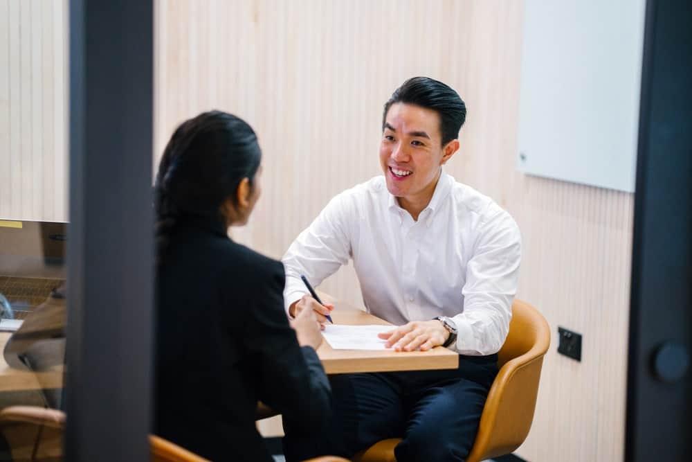 Startegi Tepat Mempertahankan & Mengurangi Perputaran Karyawan