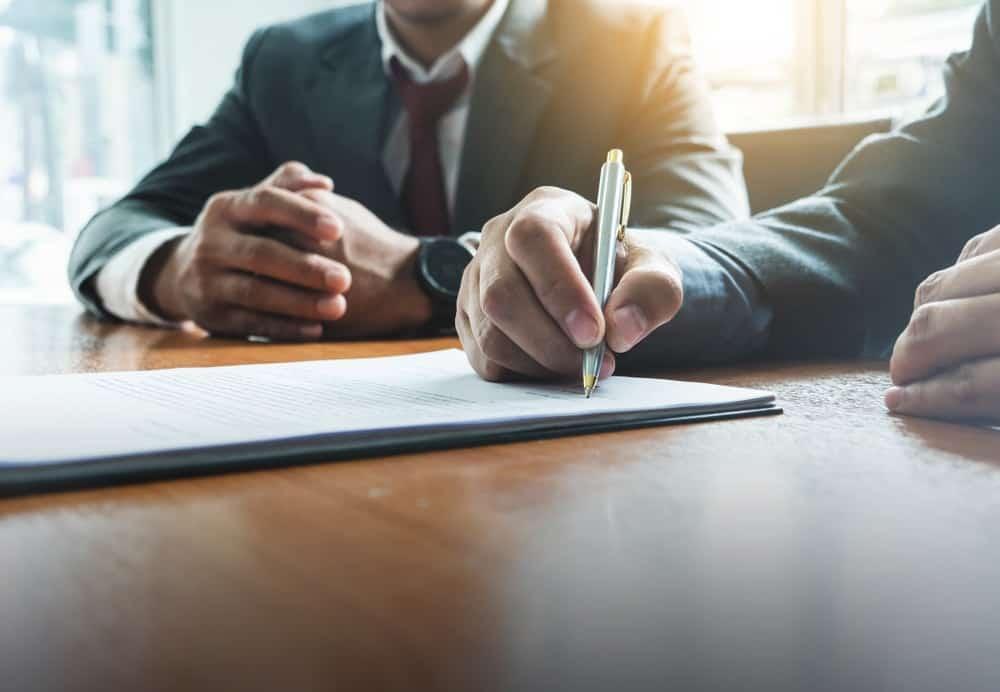 Aturan & Manfaat Mempekerjakan Karyawan Outsourcing