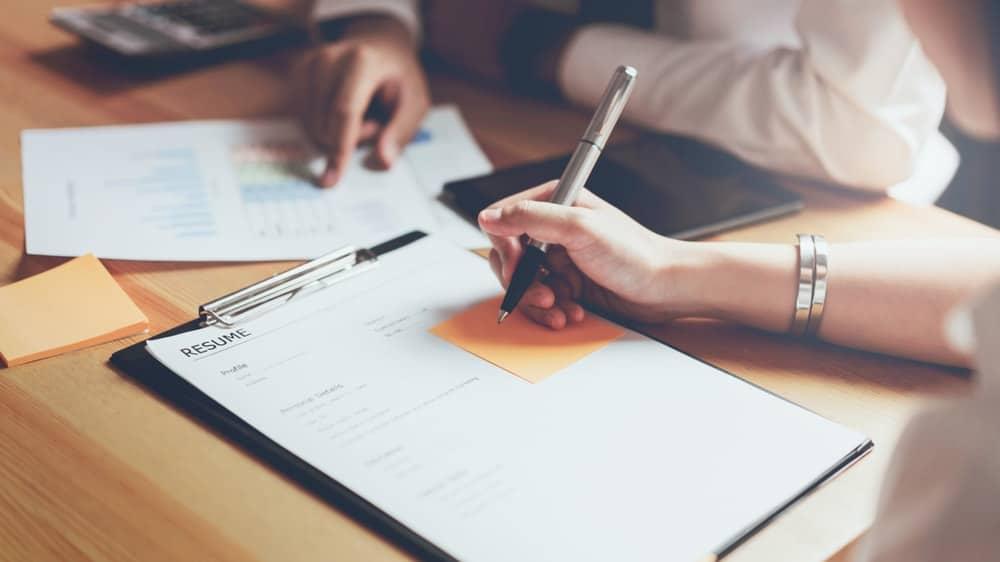 Prosedur dan Etika Pengajuan Klaim Karyawan yang Perlu Dicermati
