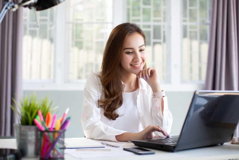 Canggihnya Software HRIS Indonesia untuk Bantu Tim HRD Masa Kini