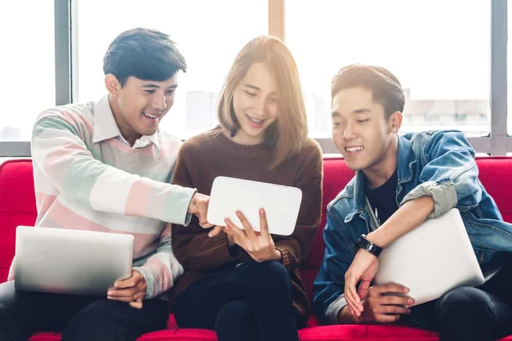 Pengerjaan Administrasi Lebih Optimal dengan Aplikasi HR