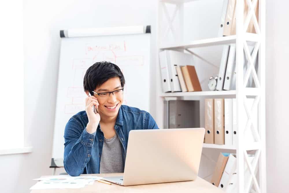 Cloud HR VS Aplikasi HR Biasa, Mana yang Lebih Bai …