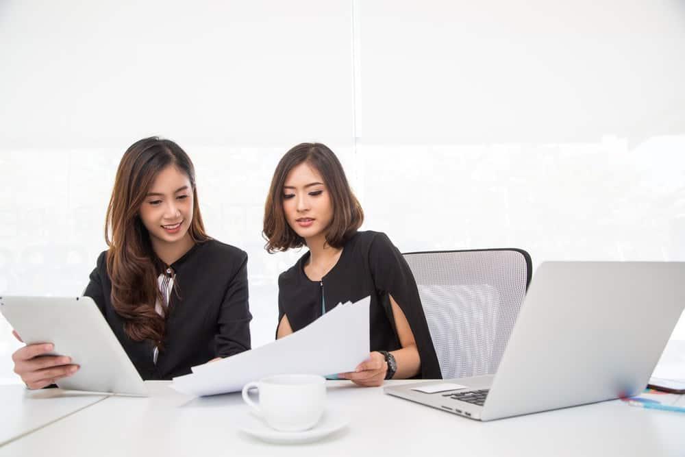 Alasan Cloud HR lebih Baik Daripada Aplikasi HR Biasa