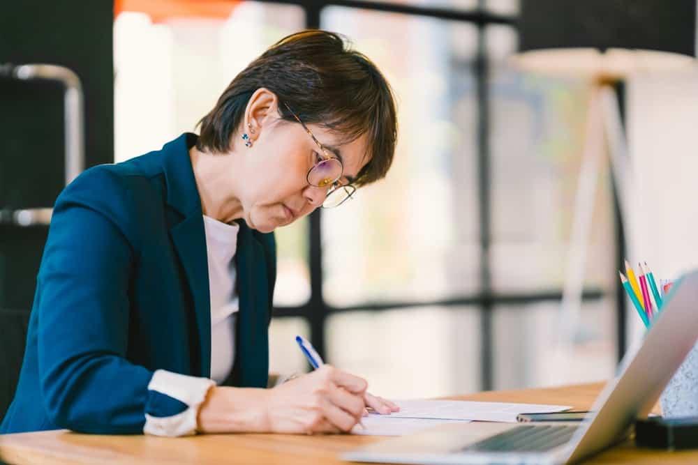 Cara Melakukan Survei Kepuasan Karyawan dengan Mudah
