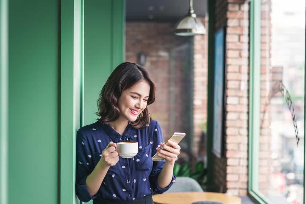Fitur Terbaik yang Wajib Ada Pada Aplikasi Absensi Online Karyawan