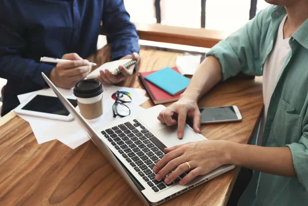 8 Alasan Pentingnya Mengelola Data Karyawan dengan Baik