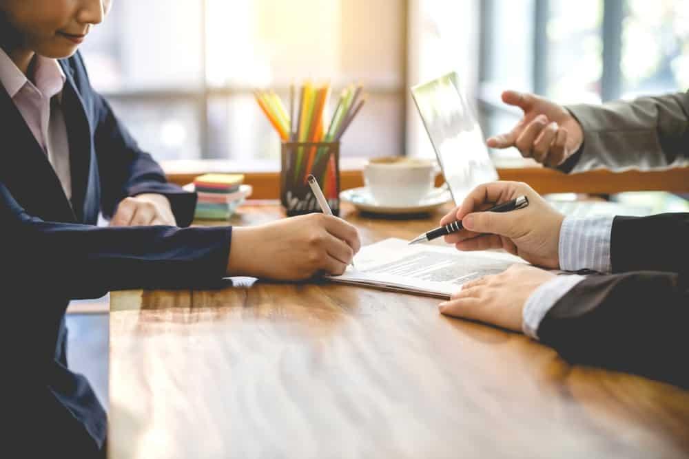 Ketentuan Upah Minimum Bagi Karyawan PKWT (Perjanj …